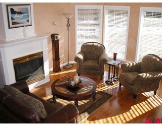 """Photo 2: 14079 19TH Avenue in White_Rock: Sunnyside Park Surrey House for sale in """"Ocean Bluff"""" (South Surrey White Rock)  : MLS®# F2804508"""