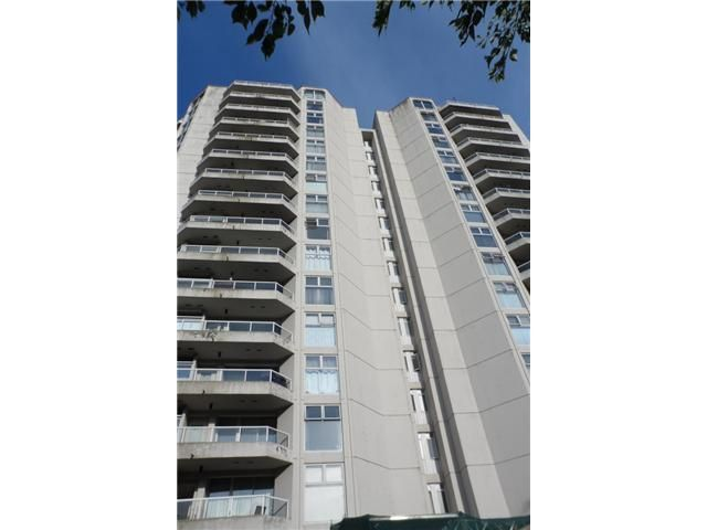FEATURED LISTING: 1701 - 71 JAMIESON Court New Westminster