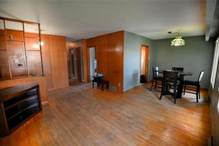 Photo 3: 1428 Mars Drive in Winnipeg: West Fort Garry Residential for sale (1Jw)  : MLS®# 202123443