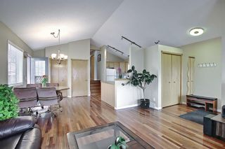 Photo 8: 1077 Country  Hills Circle NW in Calgary: Country Hills Detached for sale : MLS®# A1104987
