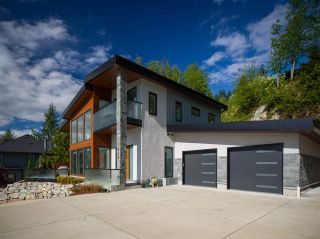"""Photo 32: 315 FURRY CREEK Drive in West Vancouver: Furry Creek House for sale in """"BENCHLANDS"""" : MLS®# R2619633"""