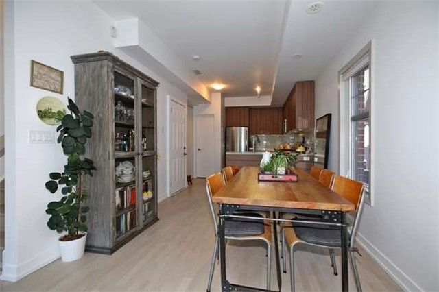 Photo 12: Photos: 29 140 Broadview Avenue in Toronto: South Riverdale Condo for sale (Toronto E01)  : MLS®# E3316429