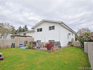 Photo 18: 1025 Goldstream Ave in VICTORIA: La Langford Proper Half Duplex for sale (Langford)  : MLS®# 699433
