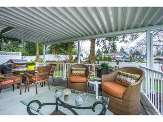 """Photo 11: 24 19649 53 Avenue in Langley: Langley City Townhouse for sale in """"Huntsfield Green"""" : MLS®# R2155558"""