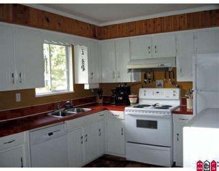 "Photo 4: 13543 CRESTVIEW Drive in Surrey: Bolivar Heights House for sale in ""BOLIVAR HEIGHTS"" (North Surrey)  : MLS®# F2909638"
