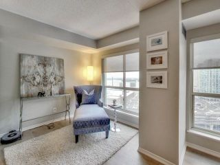 Photo 7: 25 The Esplanade Unit #2202 in Toronto: Waterfront Communities C8 Condo for sale (Toronto C08)  : MLS®# C4018167