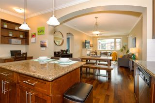 "Photo 2: 213 2627 SHAUGHNESSY Street in Port Coquitlam: Central Pt Coquitlam Condo for sale in ""VILLAGIO"" : MLS®# R2399520"