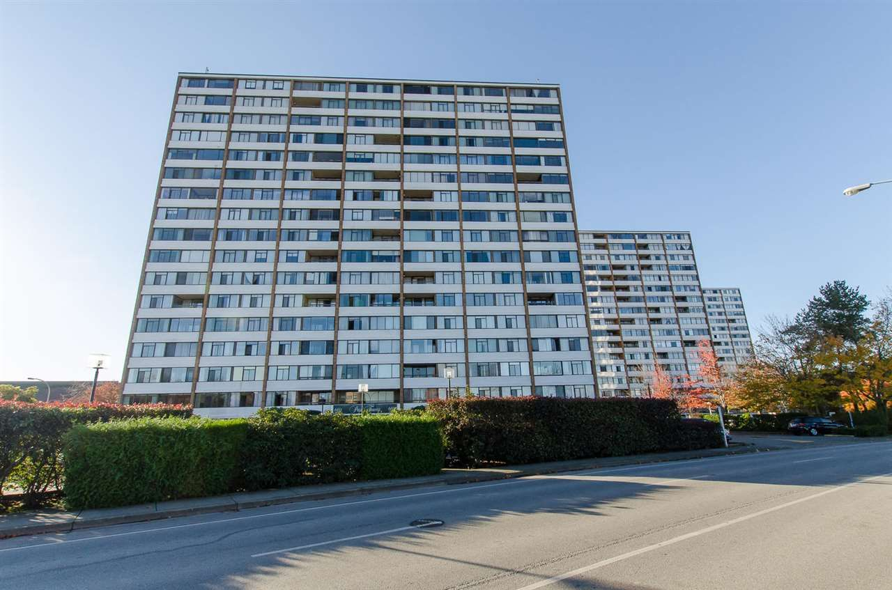 Main Photo: 610 6651 MINORU BOULEVARD in Richmond: Brighouse Condo for sale