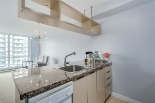 """Photo 8: 1203 1082 SEYMOUR Street in Vancouver: Downtown VW Condo for sale in """"FREESIA"""" (Vancouver West)  : MLS®# R2079739"""