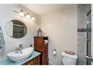 """Photo 11: 105 334 E 5TH Avenue in Vancouver: Mount Pleasant VE Condo for sale in """"VIEW POINTE"""" (Vancouver East)  : MLS®# R2087437"""