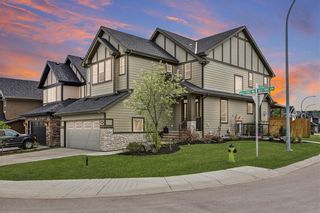 Photo 2: 247 Valley Pointe Way NW in Calgary: Valley Ridge Detached for sale : MLS®# A1043104