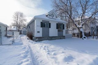 Photo 1: 210 Harvard Avenue West in Winnipeg: West Transcona Residential for sale (3L)  : MLS®# 202029922