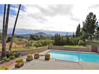 Photo 5: MOUNT HELIX House for sale : 3 bedrooms : 10601 Itzamna in La Mesa