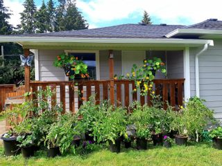 Photo 2: 552 Pioneer Cres in : PQ Parksville House for sale (Parksville/Qualicum)  : MLS®# 863532
