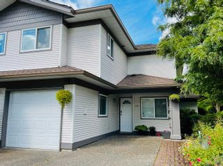 """Photo 2: 221 16233 82 Avenue in Surrey: Fleetwood Tynehead Townhouse for sale in """"The Orchards"""" : MLS®# R2593333"""