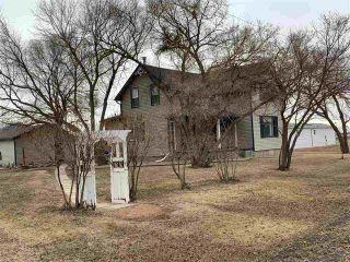 Photo 2: 5001 51 Street: Strome House for sale : MLS®# E4233634
