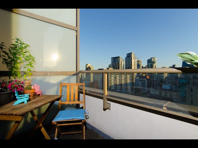 Photo 3: Photos: 1010 1010 HOWE STREET in Vancouver: Downtown VW Condo for sale (Vancouver West)  : MLS®# R2184383