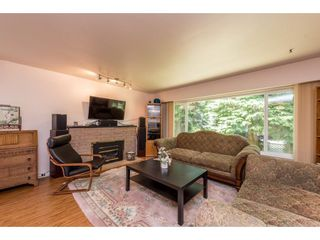 Photo 3: 919 GATENSBURY Street in Coquitlam: Harbour Chines House for sale : MLS®# R2188972