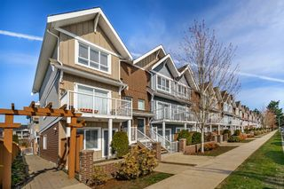 """Photo 2: 506 1661 FRASER Avenue in Port Coquitlam: Glenwood PQ Townhouse for sale in """"Brimley Mews"""" : MLS®# R2446911"""