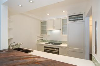 """Photo 11: 102 2412 ALDER Street in Vancouver: Fairview VW Condo for sale in """"Alderview Court"""" (Vancouver West)  : MLS®# R2572616"""