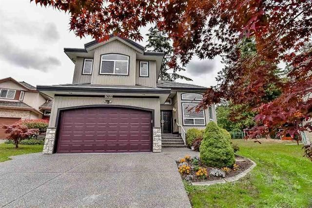 "Main Photo: 8022 159 Street in Surrey: Fleetwood Tynehead House for sale in ""FLEETWOOD"" : MLS®# R2115357"