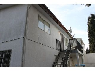 Photo 5: 6677 CURTIS Street in Burnaby: Sperling-Duthie 1/2 Duplex for sale (Burnaby North)  : MLS®# V1050057
