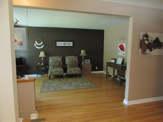 Photo 11: 992 Fleming Avenue in Winnipeg: East Kildonan Residential for sale (3B)  : MLS®# 202019171