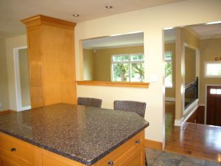 Photo 6: 15590 MADRONA DR in Surrey: King George Corridor House for sale (South Surrey White Rock)  : MLS®# F1425041
