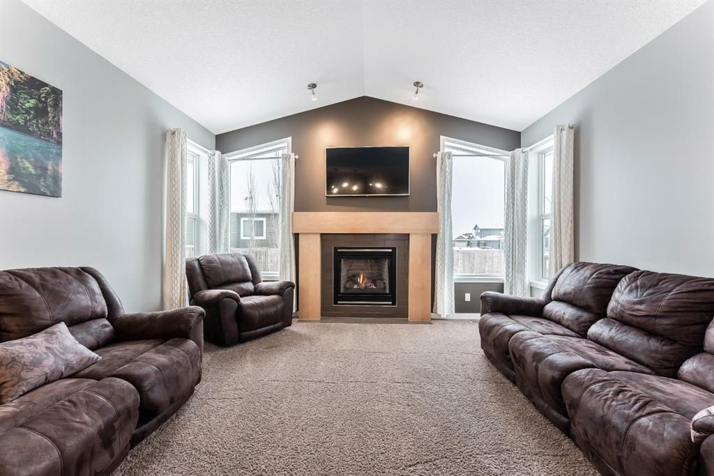 Photo 16: Photos: 434 Boulder Creek Drive SE: Langdon Detached for sale : MLS®# A1066594