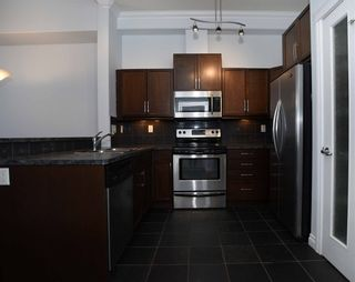 Photo 3: 407 10121 80 Avenue in Edmonton: Zone 17 Condo for sale : MLS®# E4258416
