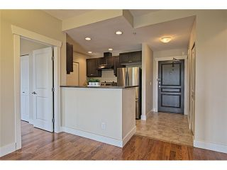 """Photo 6: 303 6279 EAGLES Drive in Vancouver: University VW Condo for sale in """"REFLECTIONS"""" (Vancouver West)  : MLS®# V1061772"""