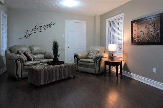 Photo 8: Photos: 329 Howard Crescent: Orangeville House (2-Storey) for sale : MLS®# W3903586