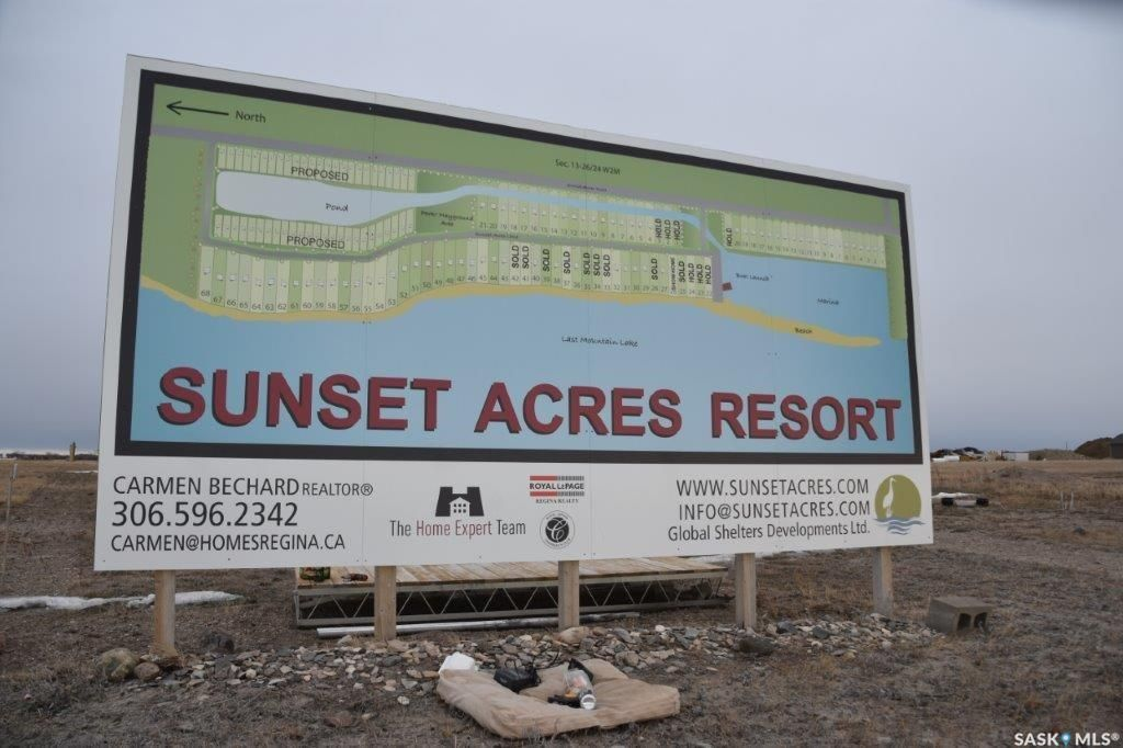 Welcome to Sunset Acres Resort, Billboard Fall 2017