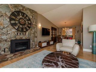 Photo 4: 3547 HORN Street in Abbotsford: Central Abbotsford House for sale : MLS®# R2317721