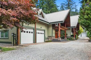 Photo 3: 2516 140 Street in Surrey: Elgin Chantrell House for sale (South Surrey White Rock)  : MLS®# R2624014