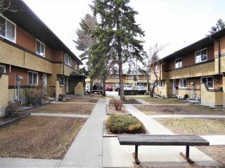 Photo 29: 140 Woodborough Way NW in Edmonton: Zone 35 Townhouse for sale : MLS®# E4240831