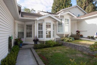 """Photo 2: 4 6537 138 Street in Surrey: East Newton Townhouse for sale in """"Charleston Green"""" : MLS®# R2303833"""