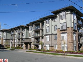 "Photo 1: 309 2068 SANDALWOOD Crescent in Abbotsford: Central Abbotsford Condo for sale in ""The Sterling"" : MLS®# F1209052"