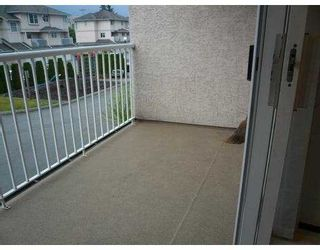 Photo 5: 16 2458 PITT RIVER Road in Port_Coquitlam: Mary Hill Townhouse for sale (Port Coquitlam)  : MLS®# V776221