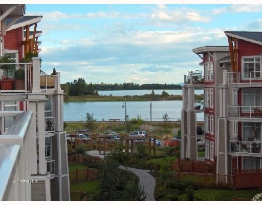"""Main Photo: 427 4280 MONCTON Street in Richmond: Steveston South Condo for sale in """"THE VILLAGE"""" : MLS®# V656451"""