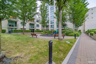 Photo 4: 406 125 MILROSS Avenue in Vancouver: Downtown VE Condo for sale (Vancouver East)  : MLS®# R2614105