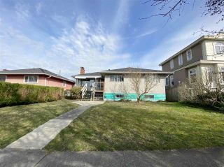 Photo 1: 3231 COLERIDGE Avenue in Vancouver: Killarney VE House for sale (Vancouver East)  : MLS®# R2553530