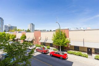 """Photo 12: 215 55 EIGHTH Avenue in New Westminster: GlenBrooke North Condo for sale in """"EIGHTWEST"""" : MLS®# R2457550"""