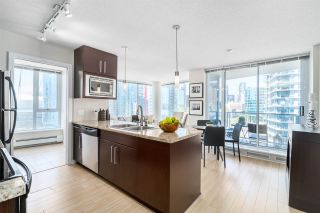 Photo 2: 1708 689 ABBOTT Street in Vancouver: Downtown VW Condo for sale (Vancouver West)  : MLS®# R2060973