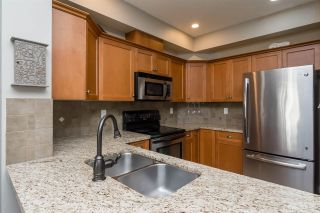 """Photo 8: 3 18087 70 Avenue in Surrey: Cloverdale BC Townhouse for sale in """"PROVINCETON"""" (Cloverdale)  : MLS®# R2210473"""