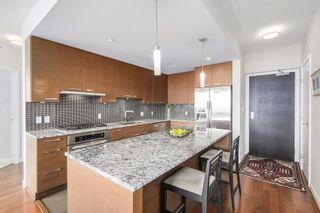 """Photo 8: 1001 6188 WILSON Avenue in Burnaby: Metrotown Condo for sale in """"JEWEL 1"""" (Burnaby South)  : MLS®# R2202404"""
