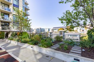 """Photo 22: 557 108 W 1ST Avenue in Vancouver: False Creek Condo for sale in """"WALL CENTRE"""" (Vancouver West)  : MLS®# R2614922"""