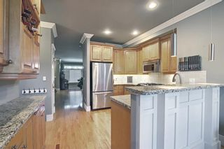Photo 2: 2015 48 Avenue SW in Calgary: Altadore Detached for sale : MLS®# A1103341