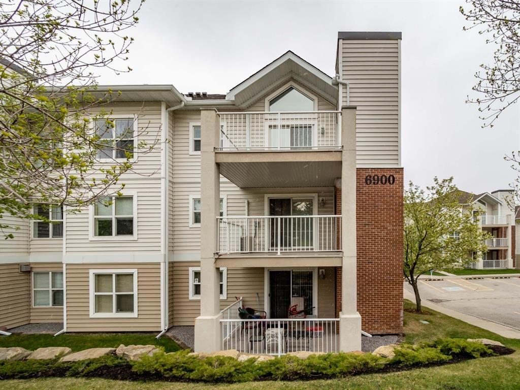 Main Photo: 303 6900 Hunterview Drive NW in Calgary: Huntington Hills Apartment for sale : MLS®# A1105086