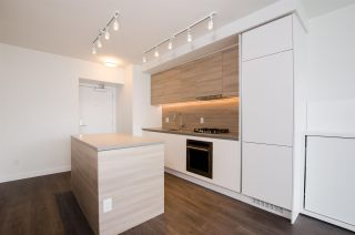 """Photo 5: 2306 525 FOSTER Avenue in Coquitlam: Coquitlam West Condo for sale in """"Lougheed Heights 2"""" : MLS®# R2464096"""